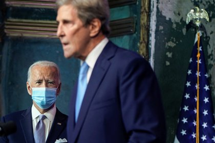 John Kerry será el enviado de Joe Biden a la cumbre del clima (REUTERS/Joshua Roberts)