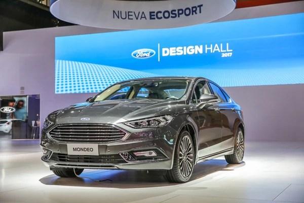 Dos versiones del FordMondeoredujeron su valor: SEL de 691.900 a 633.700 pesos y Titanium de 834.100 a 764.000 pesos