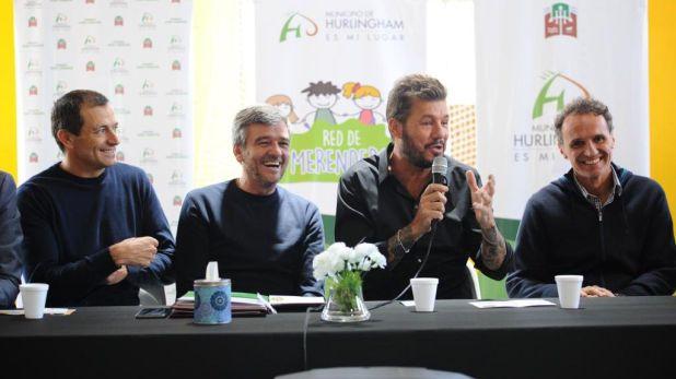 """Tinelli, acompañado por los intendentes Juan Zavaleta (Hurlingham), Gabriel Katopodis (San Martín) y el diputado Eduardo """"Bali"""" Bucca"""