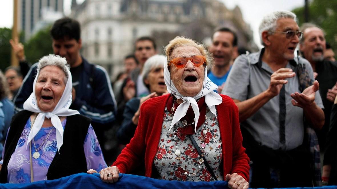 La marcha de las Madres de Plaza de Mayo (Reuters)