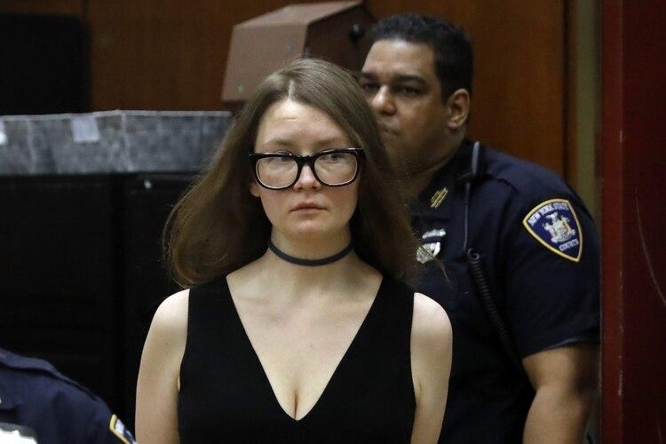 Anna Sorokin enfrenta 15 años de prisión (Foto: AP)