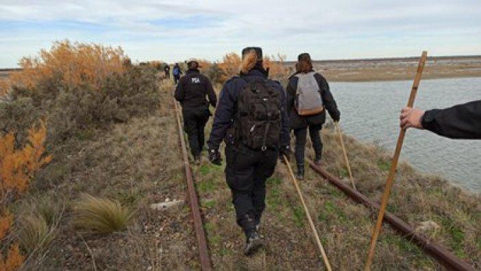 Fuerzas federales rastrillaron la zona donde el joven de 22 años fue visto por última vez.