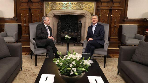 Mauricio Macri y Alberto Fernández en la Casa Rosada
