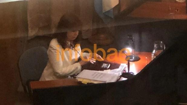 Cristina Kirchner declara en el juicio oral y público por la obra pública de Santa Cruz