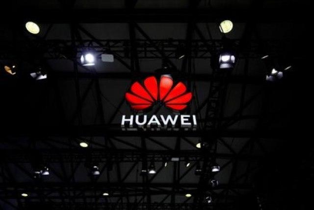 Huawei, una de las empresas favoritas del régimen chino, figuraría en la lista de empresas estratégicas que deberán entrenar a sus empleados en materia de inteligencia y viajes al extranjero (Reuters)