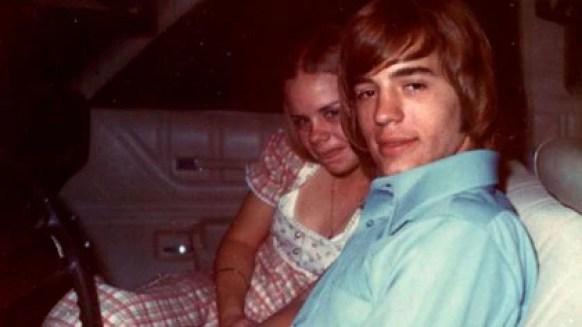 Carla Walker y su novio Rodney McCoy, en una foto del verano de 1973 en Forth Worth, Texas (Familia Walker)