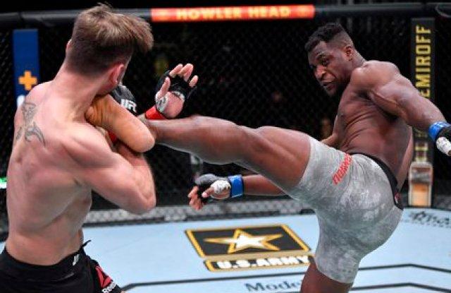Ngannou noqueó a Miocic en el segundo round (Usa Today Sports)