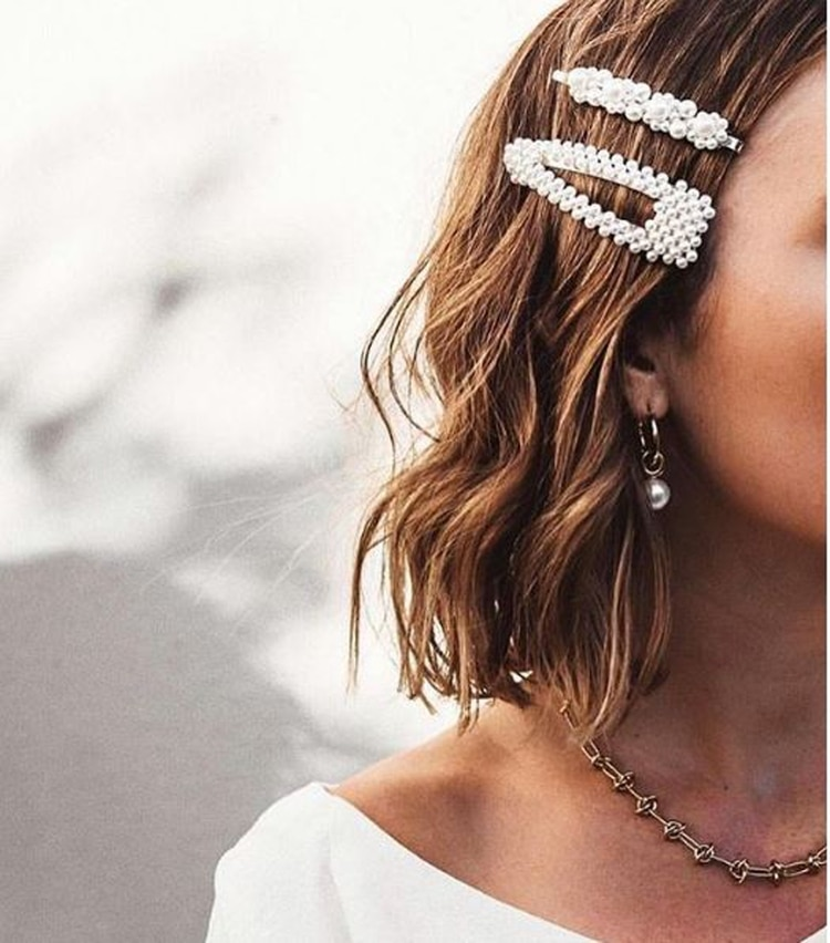 Algunas marcas para hacer la diferencia agregan perlas o piedras