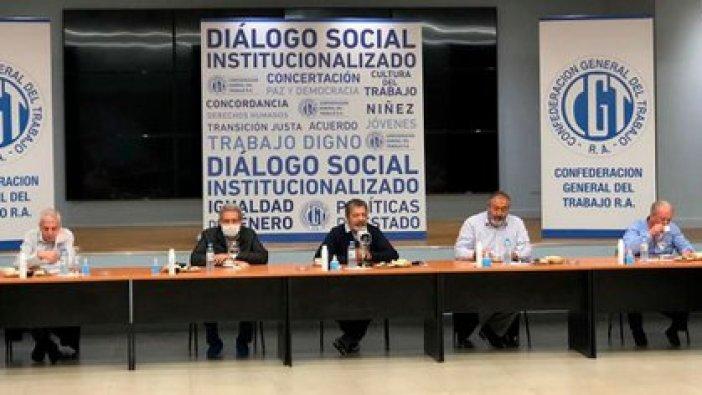 La CGT y el Gobierno están trabajando en una ley complementaria para reformar el sistema de obras sociales