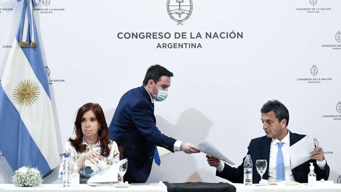 Comisión Bicameral Permanente de Fiscalización de los Organismos y Actividades de Inteligencia (Ley 25.520) con la presencia de la Vicepresidenta de la Nación, Cristina Fernández de Kirchner y el Presidente de la Camara de Diputados, Sergio Massa