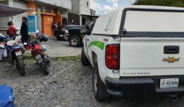 Las autoridades llegaron al lugar luego de recibir un reporte anónimo (@TraficoOcotlan)