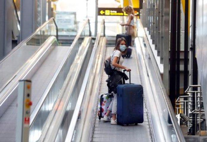 Arrival area of Madrid-Barajas Adolfo Suárez airport.  EFE / JJ Guillén / Archive