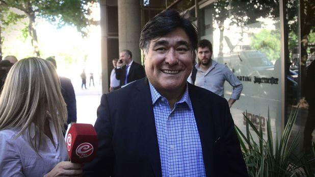 """El procurador del Tesoro, Carlos Zannini, uno de los que recibió su vacuna por ser """"personal estratégico""""."""