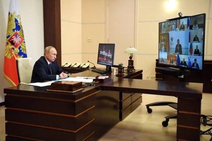 Polémica por la vacuna rusa que anunció Vladimir Putin (Sputnik/Aleksey Nikolskyi/Kremlin via REUTERS)