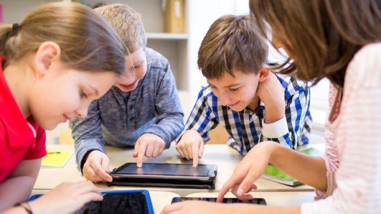 Los dispositivos alternativos de la comunicación son clave para los niños con autismo o problemas físicos que les impiden hablar