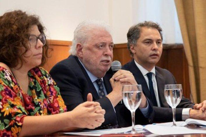 Carla Vizzotti junto a Ginés González García (Foto: Ministerio de Salud)