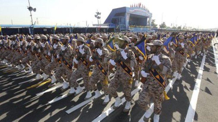 El desfile anual de la Guardia Revolucionaria de Irán (AFP)