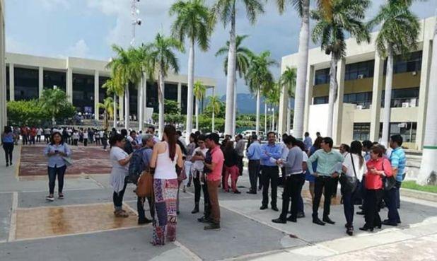 Como medida preventiva fueron evacuadas algunas escuelas (Foto: @Edu_Chis)