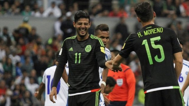 Carlos Vela se ha hecho a un lado para no entorpecer el proceso de otros jugadores jóvenes en la selección (Foto: Adolfo Vladimir/Cuartoscuro)