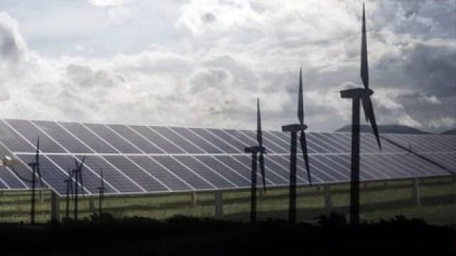 La política energética de AMLO también impedirá que se cumplan compromisos internacionales relacionados con el cambio climático (Fotoarte: Steve Allen/ Infobae México)