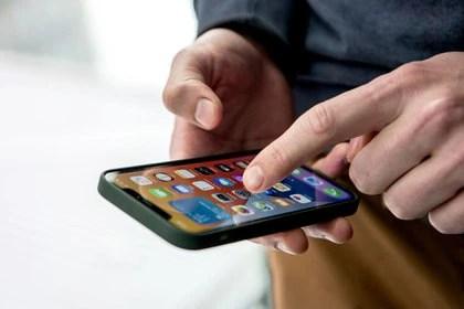 La telefonía celular fue uno de los aumentos autorizados en el comienzo del año (DPA)