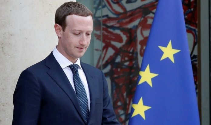Mark Zuckerberg, presidente de Facebook, la empresa en el centro de la filtración de datos privados.