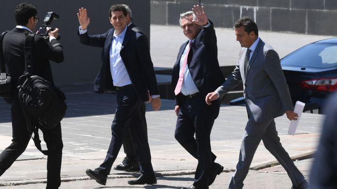 """""""Wado"""" De Pedro, Alberto Fernández y Sergio Massa (Maximiliano Luna)"""