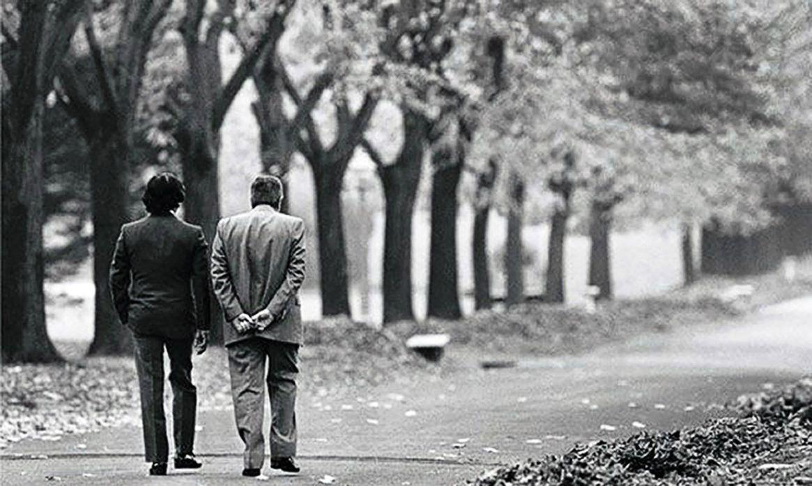 Pacto de Olivos: la histórica foto del entonces presidente Carlos Menem y Raúl Alfonsín en la Quinta Presidencial, donde se gestó ese acuerdo en 1994 (Foto:NA)