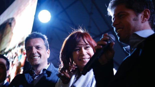Sergio Massa, Cristina Kirchner y Axel Kicillof durante un acto de campaña