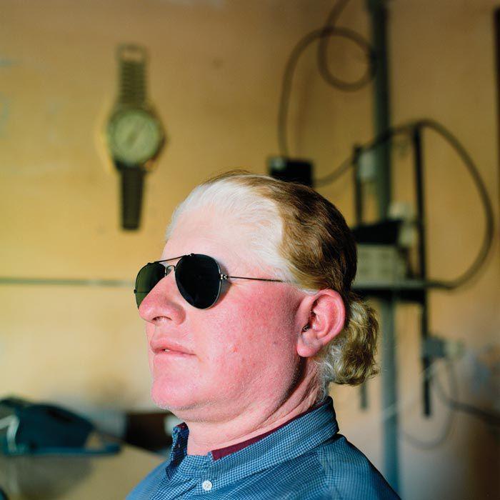 """Lucio Ormeño es uno de los que recuerda que un artículo que publicó la revista 7 Días en los ochenta señaló a Aicuña como """"el misterioso pueblo de los albinos"""" (Paola de Grenet, Etiqueta Negra)"""