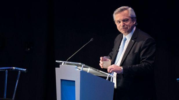 El domingo será el segundo debate y Fernández se prepara solo (Adrián Escandar)