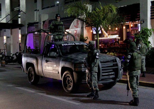 Las Fuerzas Armadas han incautado a grupos de crimen organizado en el país aproximadamente USD 4,477,267 millones y 56,081,051 (USD 2,452,000) millones de pesos desde enero (Foto: cuartoscuro.com)