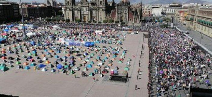 Según reportes oficiales, la Marcha del Millón convocó a poco menos de tres mil personas (Foto: Twitter/webcamsdemexico)