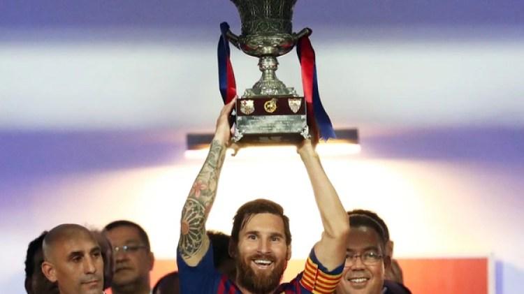 (Reuters) El Barcelona conquistó la Supercopa de España