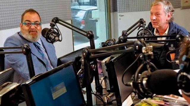Lanata y Longobardi comparten habitualmente el pase de sus programas en Radio Mitre. Este viernes, el conductor de PPT habló por teléfono: recientemente fue operado en los Estados Unidos