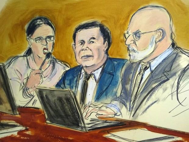 Guzmán junto a su abogado Eduardo Balarezo.(Elizabeth Williams via AP)