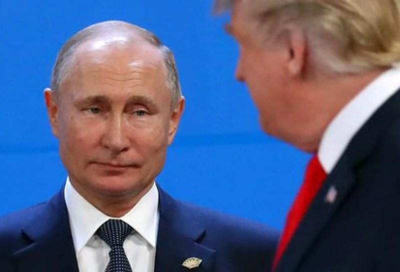 El presidente ruso Putin y Trump durante el G20 en Buenos Aires, en 2018 (REUTERS/Marcos Brindicci/archivo)