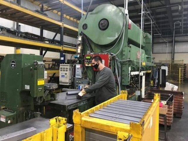 El promedio de la industria mantiene una alta capacidad ociosa por las medidas preventivas contra el covid-19 (Reuters)