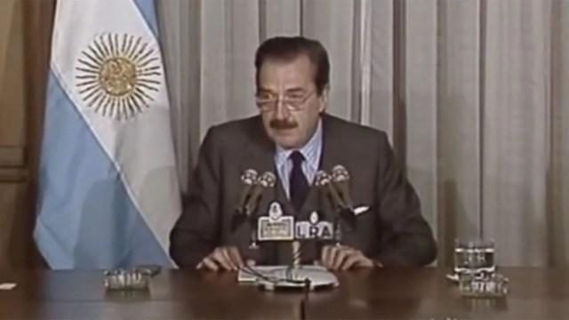 Raul Alfonsin cambió el signo monetario en 1985