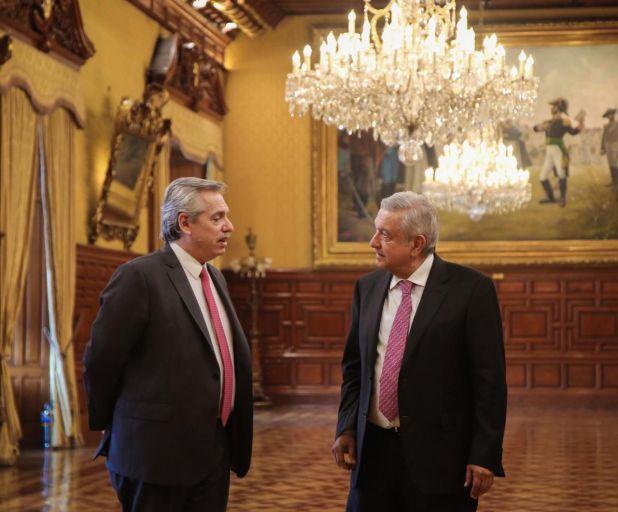 López Obrador y Alberto Fernández durante la bilateral realizada en México