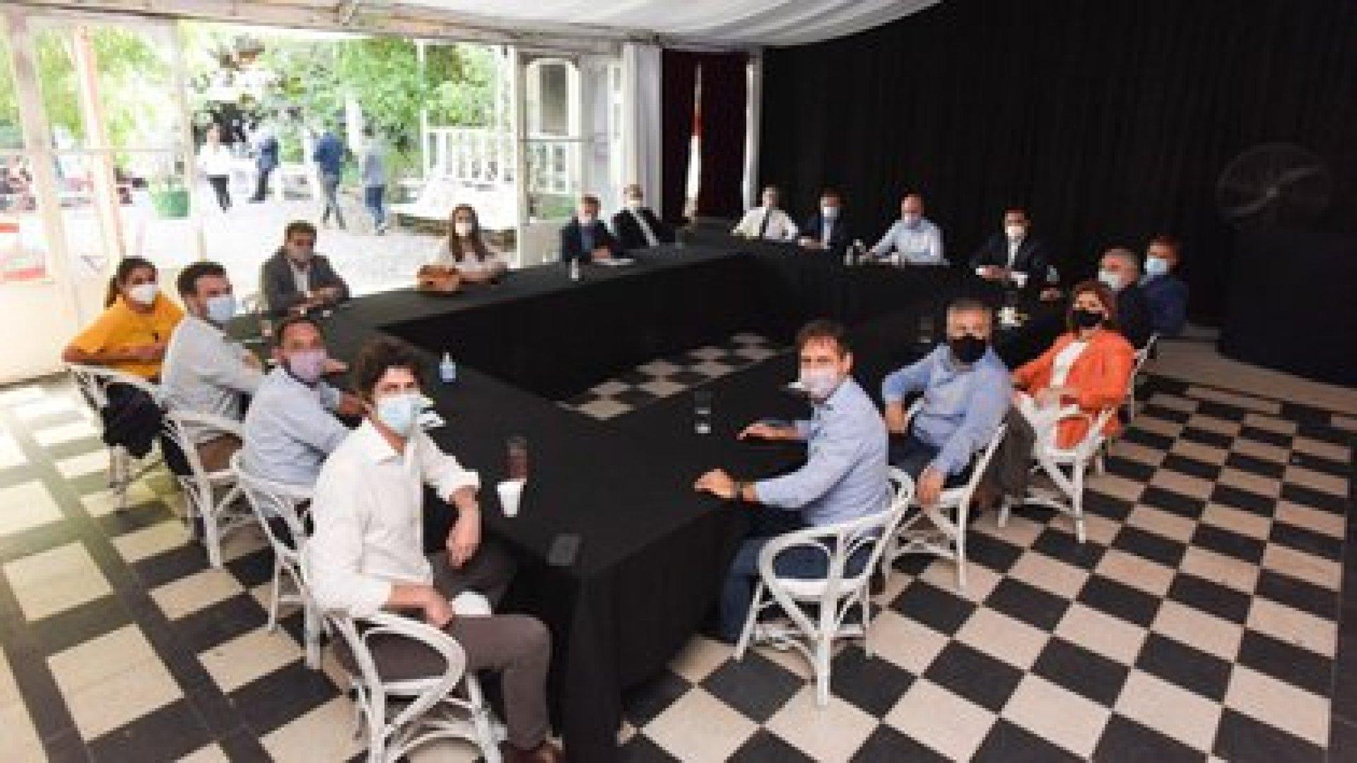 Los principales dirigentes de la oposición en la mesa nacional de Juntos por el Cambio, el martes