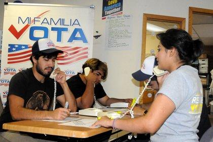 Los latinos pueden ser un factor decisivo en estados clave como Florida (EFE)