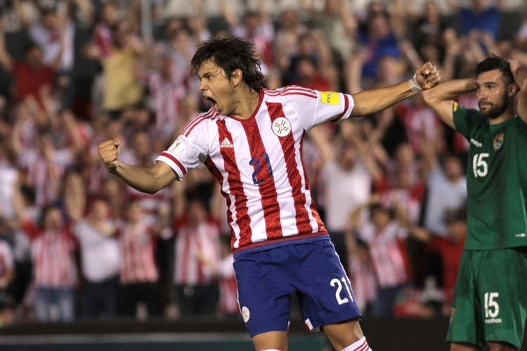 Es una de las figuras de la selección de Paraguay (Foto: Luis Vera/LatinContent/Getty Images