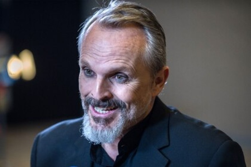 Miguel Bose S Controversial Message About 5g Vaccines And Population Control Archyde