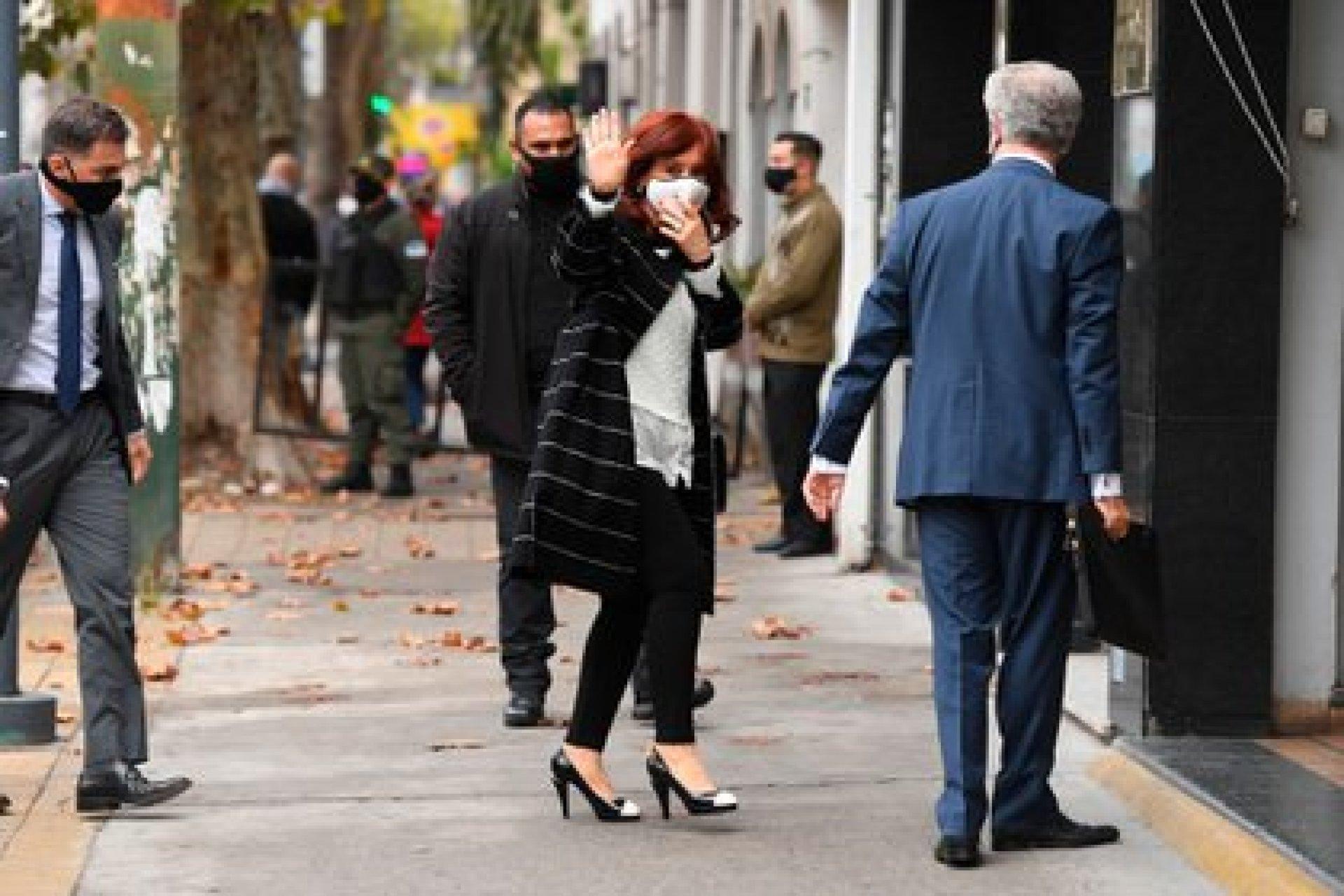 el dia que Cristina Kirchner se constituyó en querellante por el espionaje macrista (Maximiliano Luna)