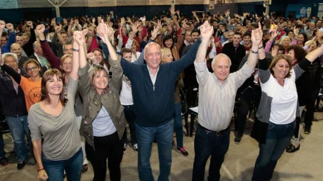 Antonio Bonfatti será el candidato a gobernador del socialismo para la gobernación