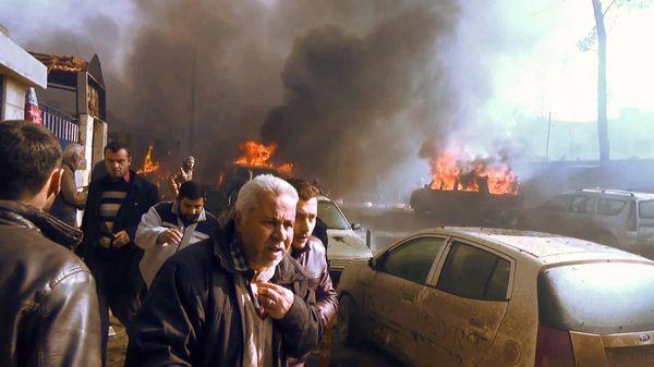 Un coche bomba estalla en la ciudad rebelde de Aziz, al norte de Siria. Murieron más de 40 personas. Fue durante los primeros días del año (AFP)
