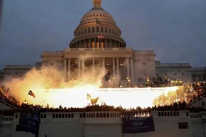 Seguidores de Trump asedian el Capitolio (Reuters)