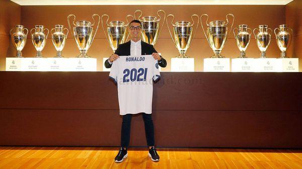 Cristiano Ronaldo tiene contrato con el Real Madrid hasta 2021 (@RMadridBabe)