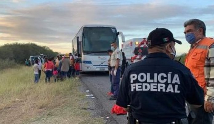 The vehicle was returning from Mexico City and overturned after losing control (Photo: Special)